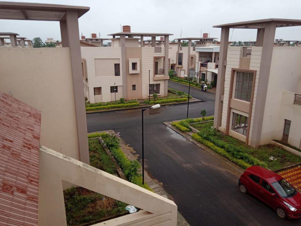 3 BHK Flat / Apartment