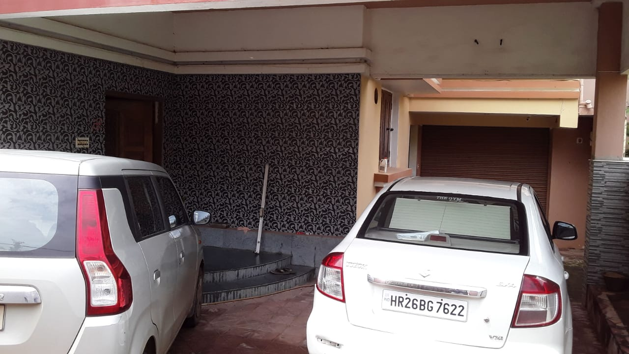 6 BHK Independent House